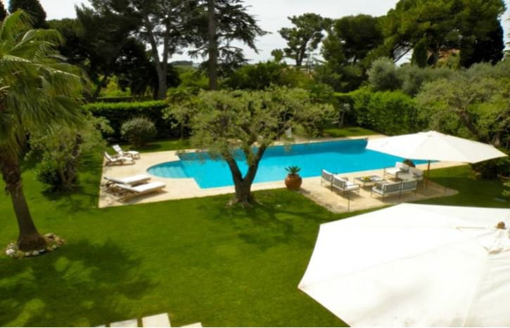 BEAUTIFUL PROVENCAL VILLA ON THE WEST SIDE