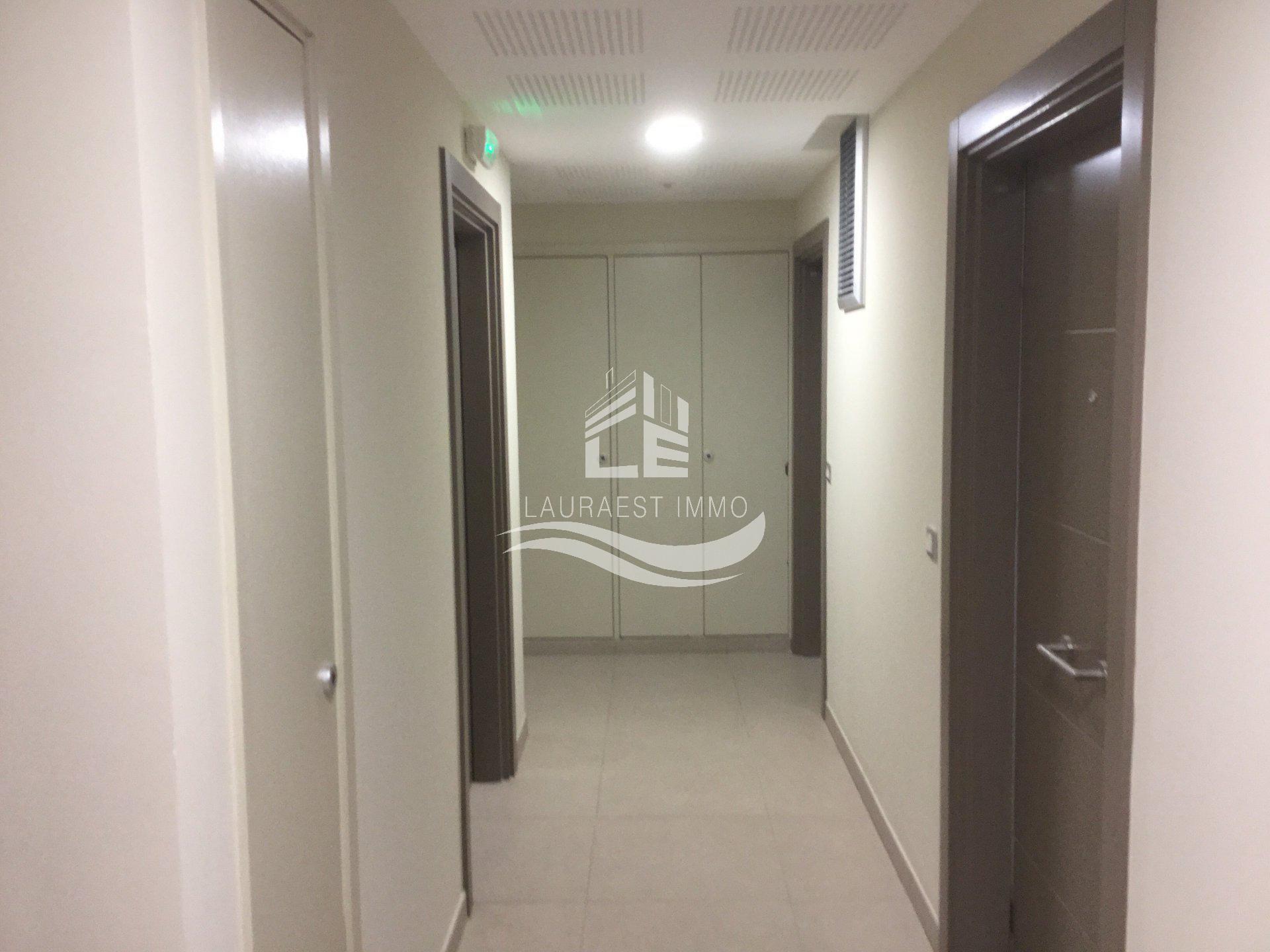 Студия на первом этаже в Новом Доме