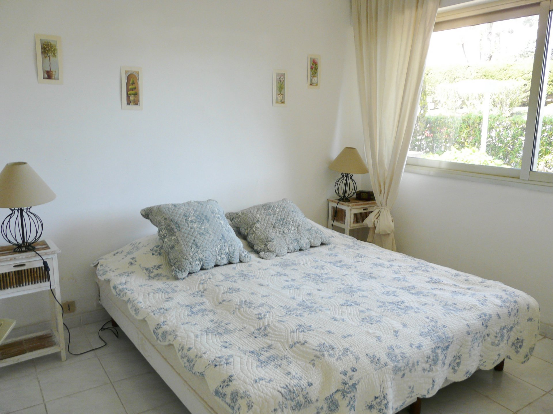 BEAUTIFUL ONE BEDROOM FURNISHED APARTMENT AVAILABLE LONG TERM RENTAL