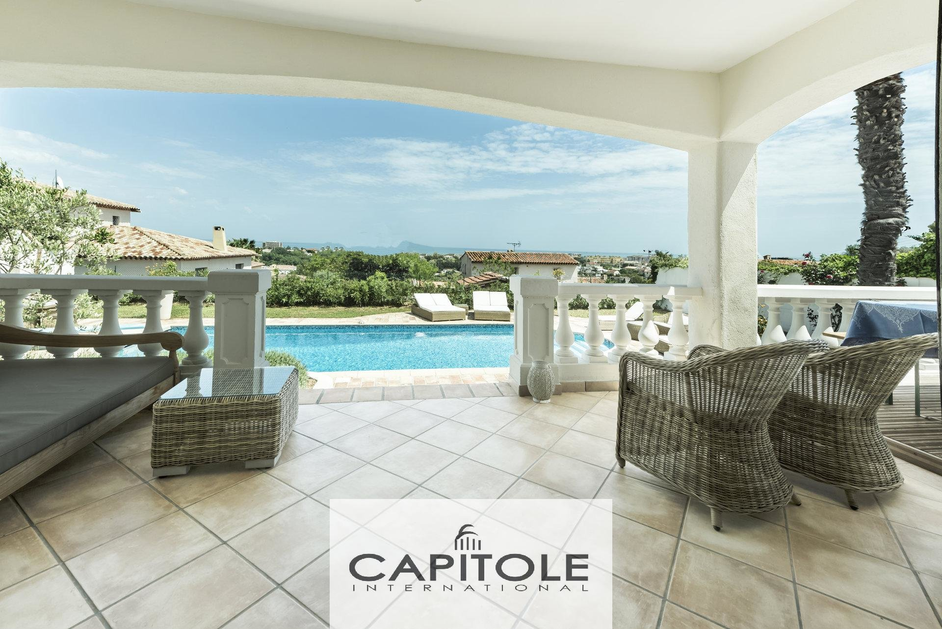 For sale, Antibes sole agent, 5 bed sea view villa, swimming pool,
