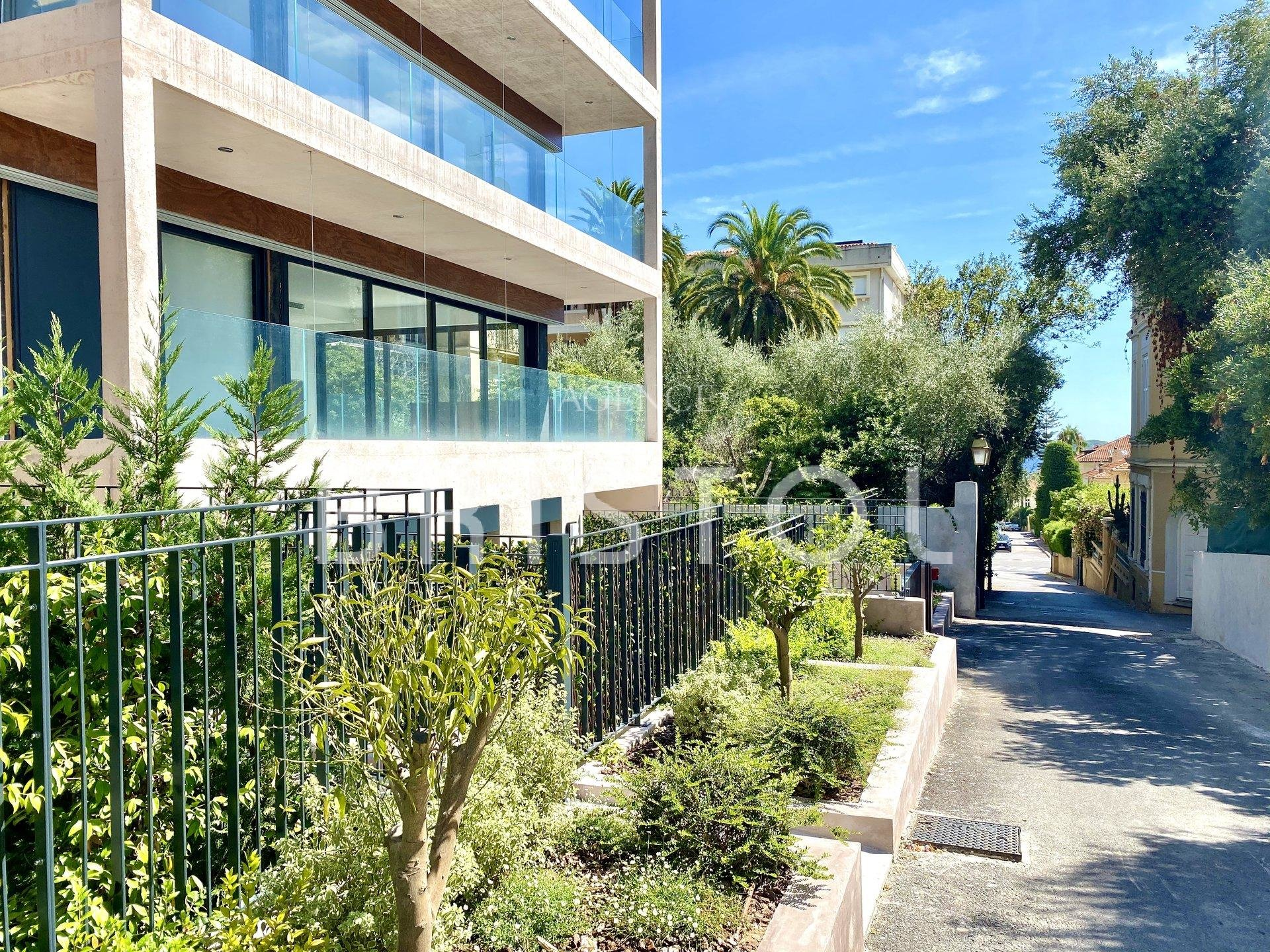 Brand new development - superb 2 bedrooms apartment in Beaulieu sur Mer downtown