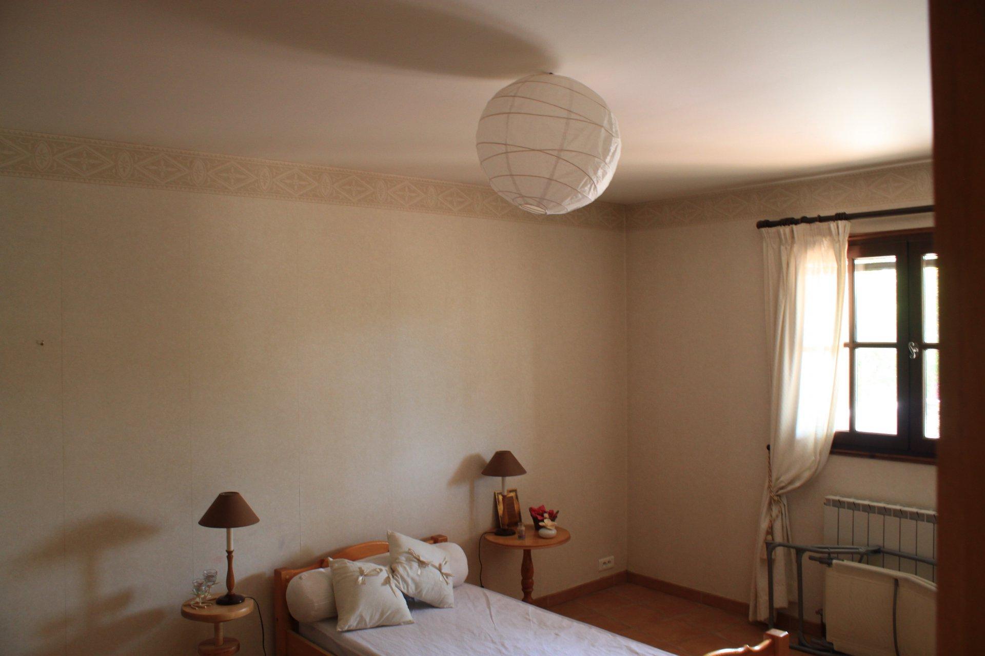 Große Villa mit viel Potenzial in de Hérault