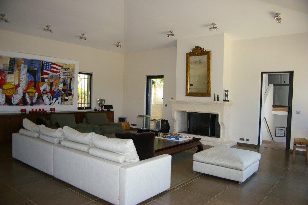 Magnificent contemporary villa with panoramic views, Castellaras