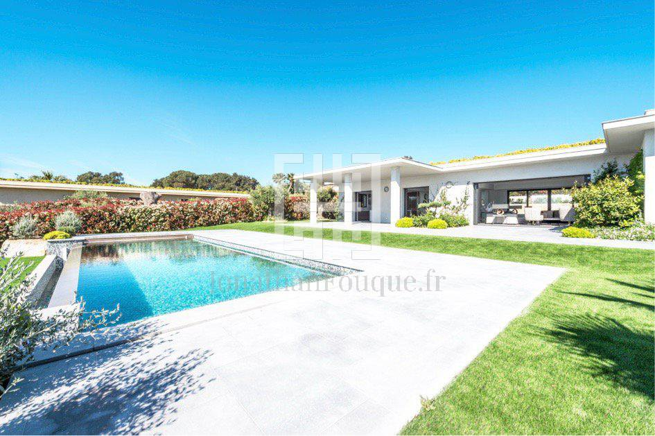 Seasonal rental Villa - Saint-Tropez