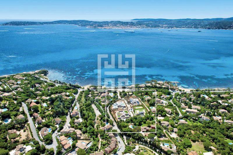 SAINT-TROPEZ - LUXURY BEACH VILLA