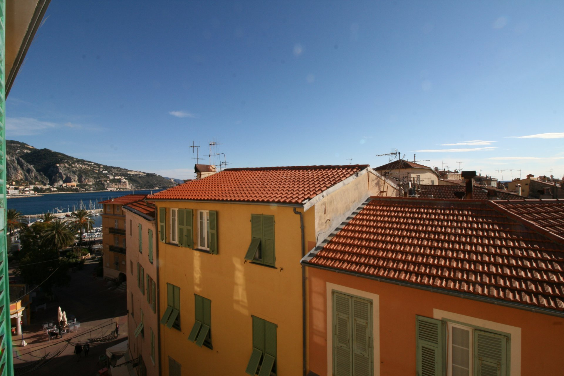 One bedroom flat with panoramic sea view