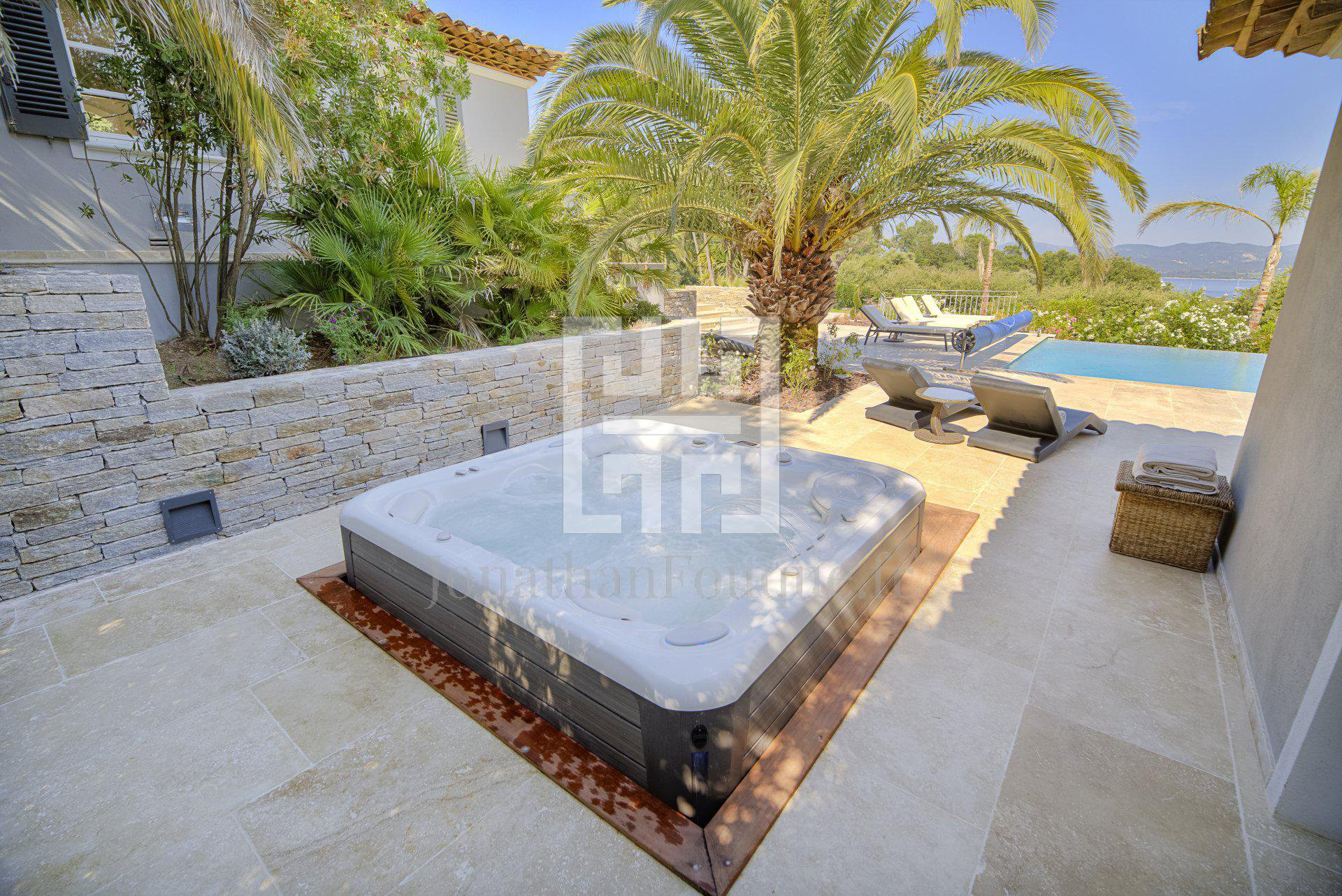 Seasonal rental Villa - Saint-Tropez Saint-Tronc