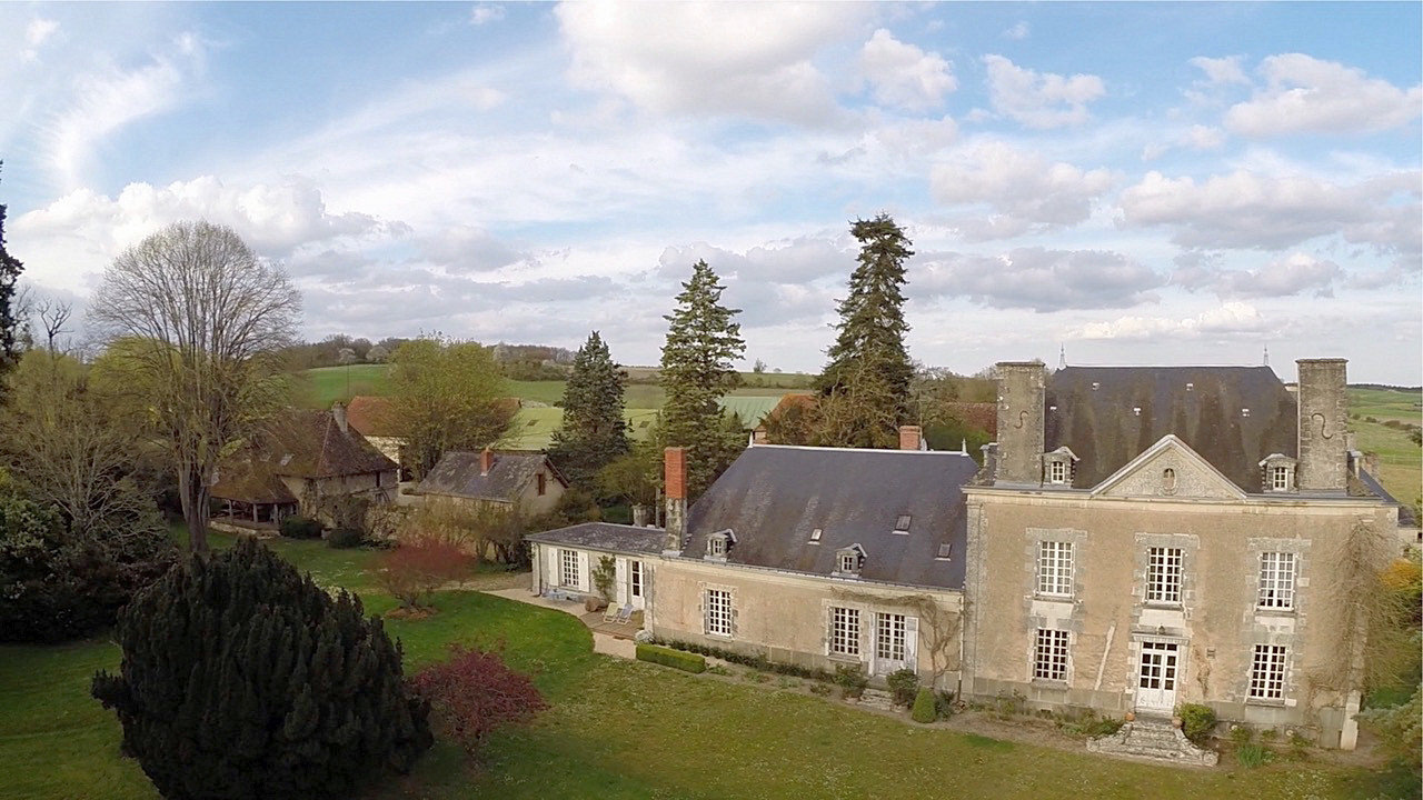 Touraine du Sud, Indre et Loire 37: property on 42 hectares