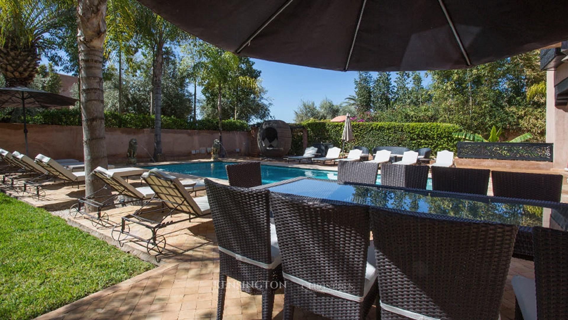 Villa ciss villa de luxe marrakech kensington maroc for Club piscine entrepot