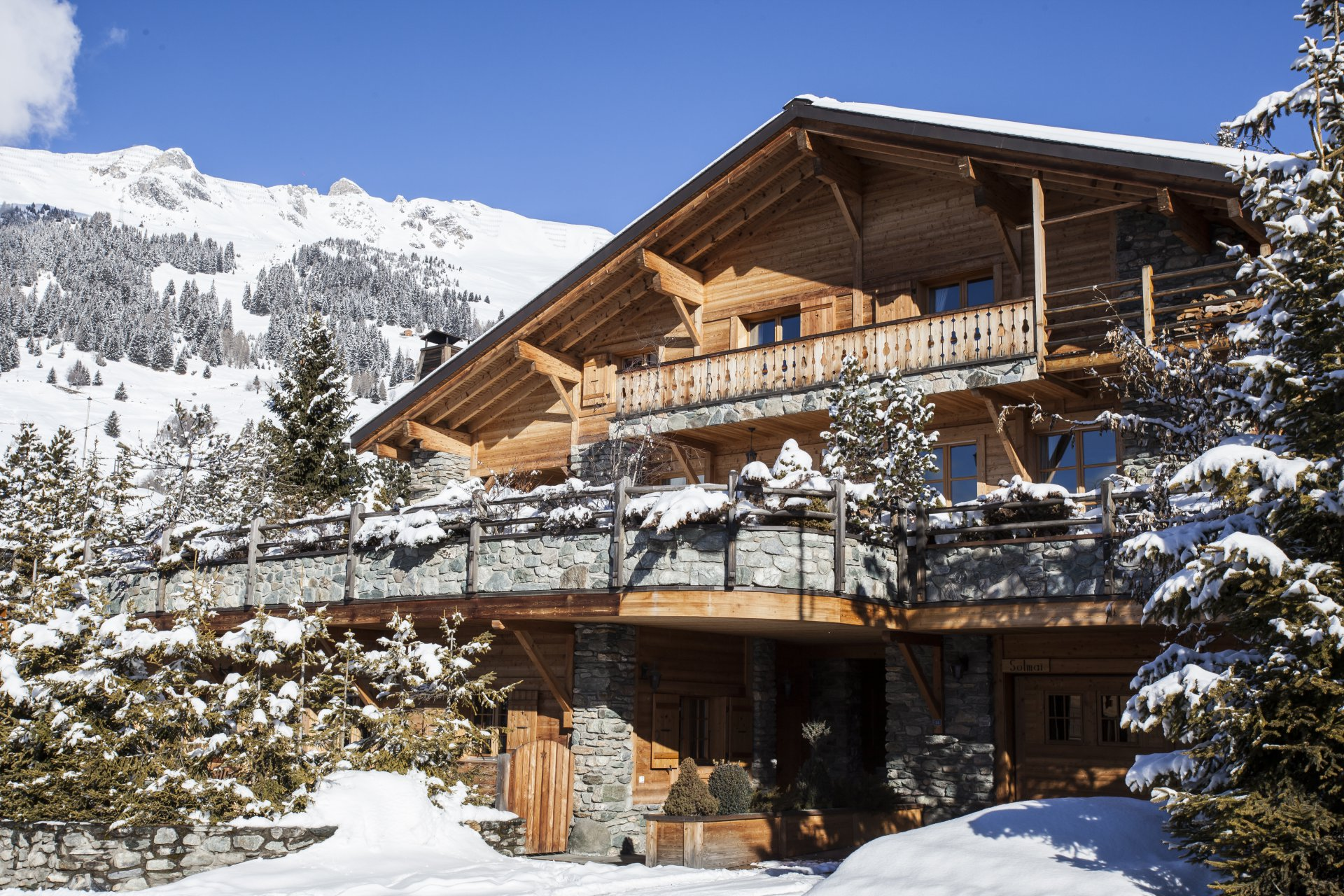 Exceptional spacious Chalet in centre of Verbier Chalet in Chamonix