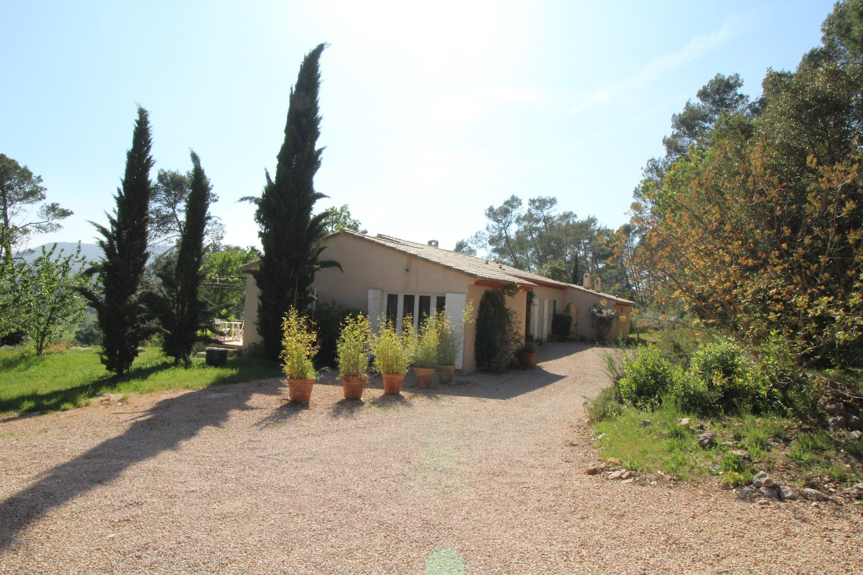 Sainte Anastasie sur Issole, an exceptionally quiet and preserved environment in the region