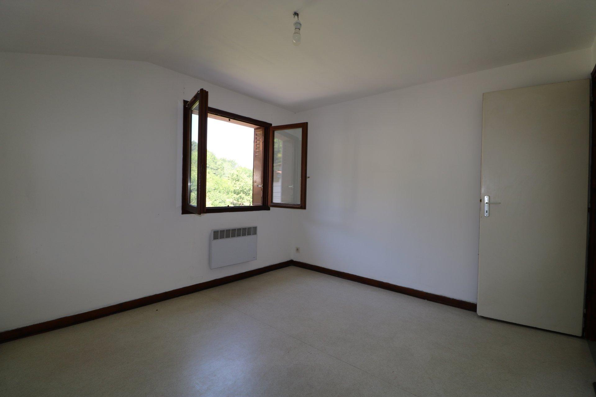 Maison T4 avec cave et garage