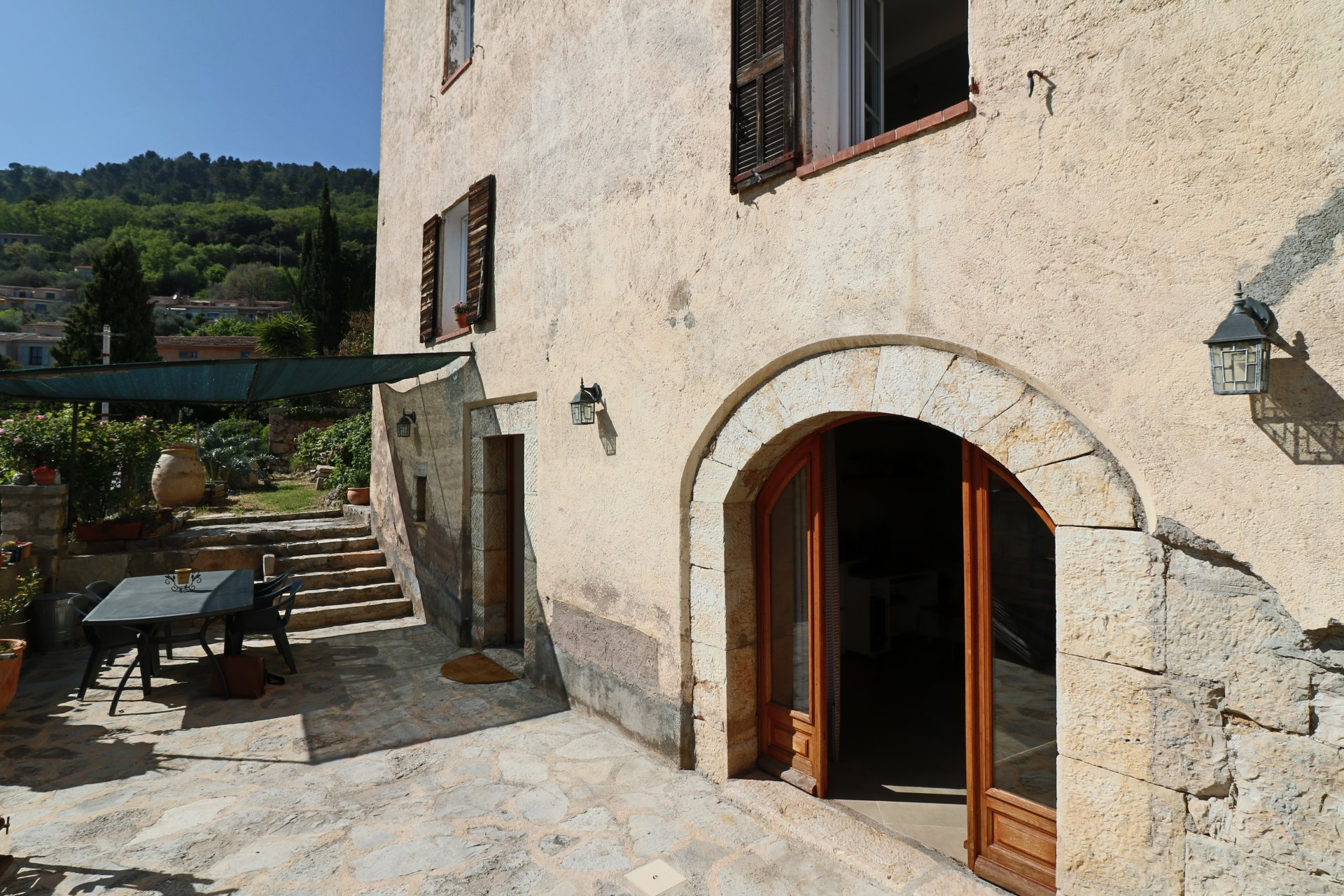 Speracedes - Village house with terrace and garden