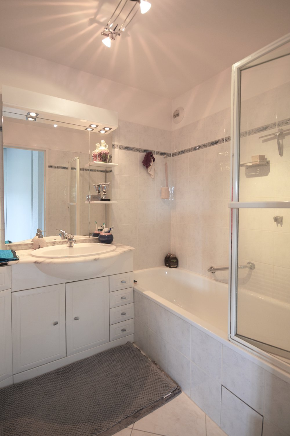 3 ROOMS APARTMENT CLOSE TO THE BEAHC AT SAINT RAPHAEL - DRAMONT