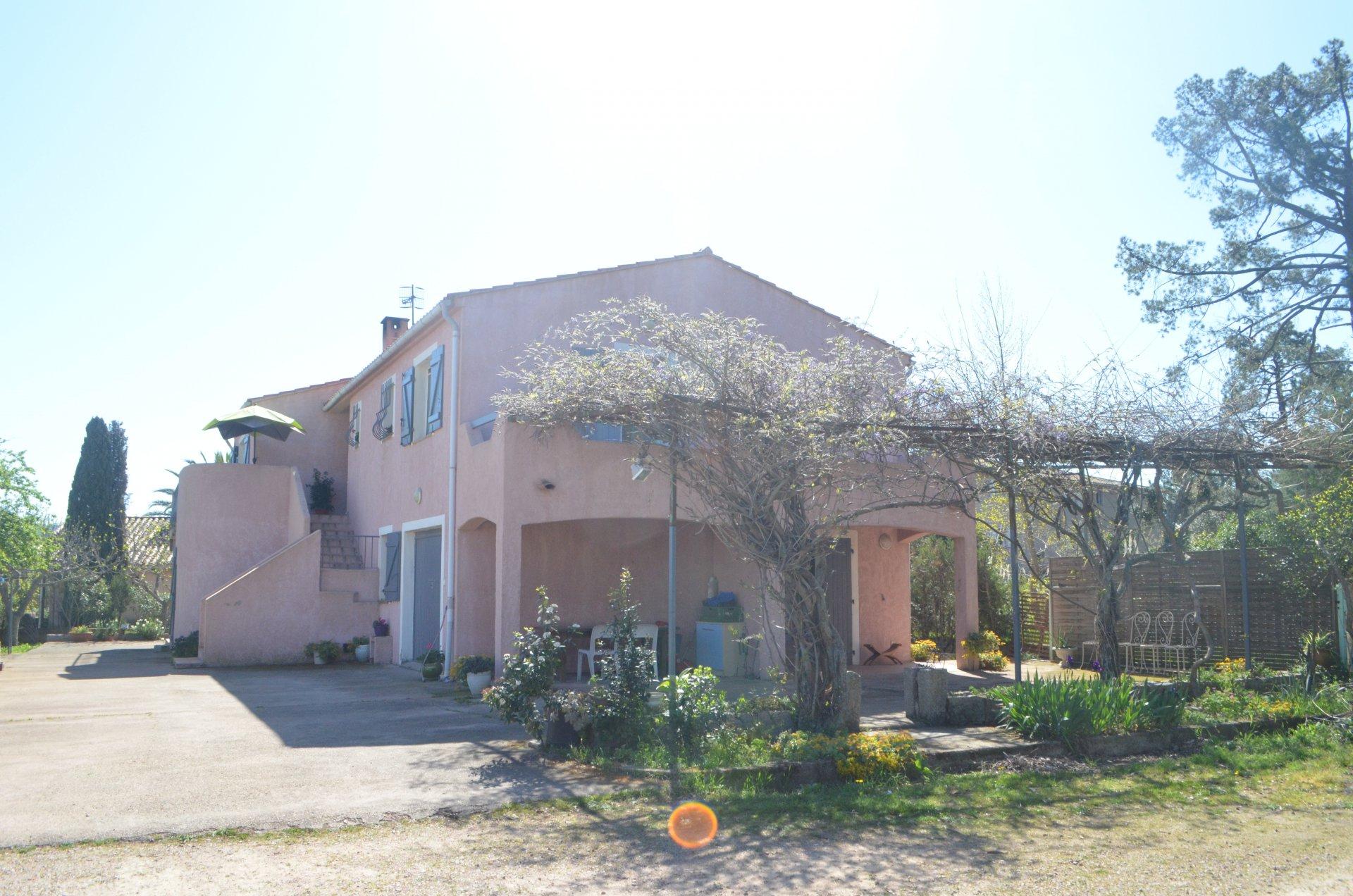 MAISON 3 logements indépendants PORTO VECCHIO
