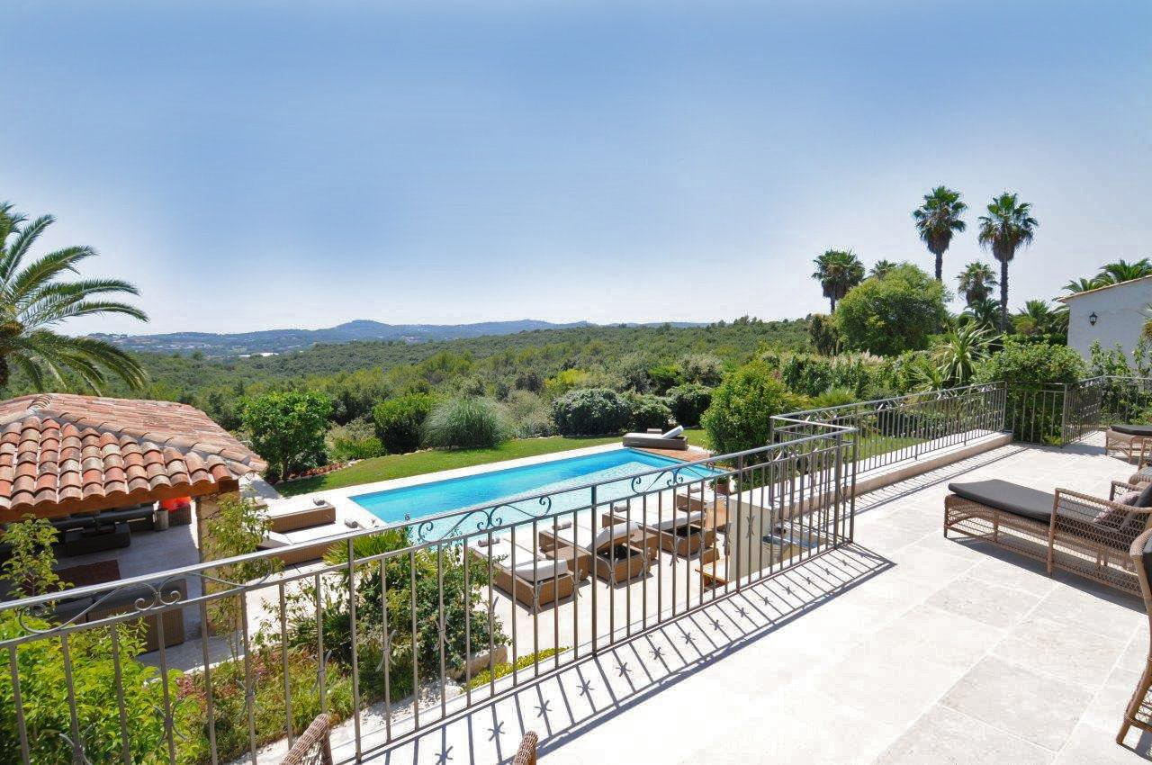 Fabulous 6 Bed Family Villa for sale - 6 bedrooms - Valbonne