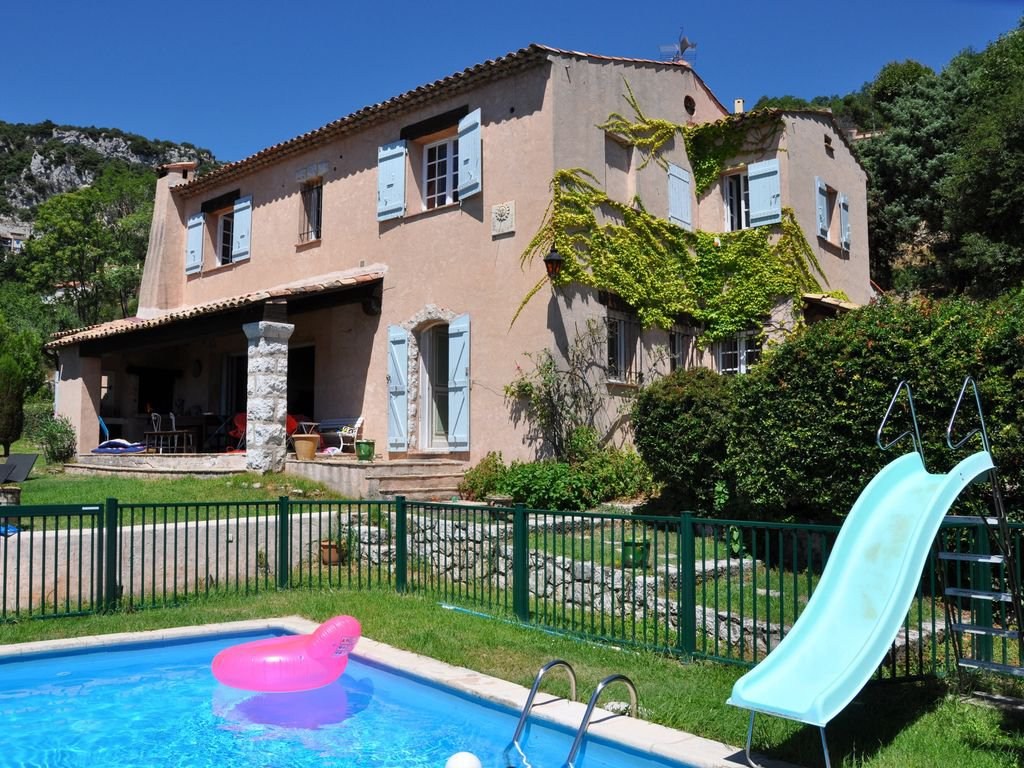 Seasonal rental Villa - La Turbie