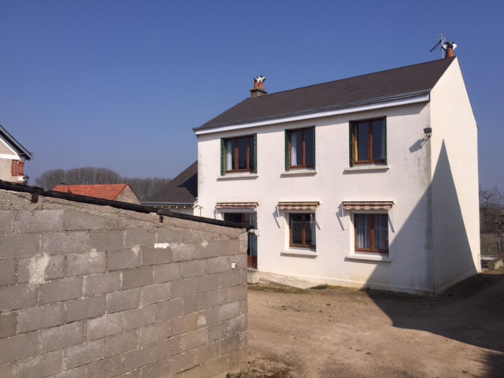 Sale Village house - Chateau La Valliere