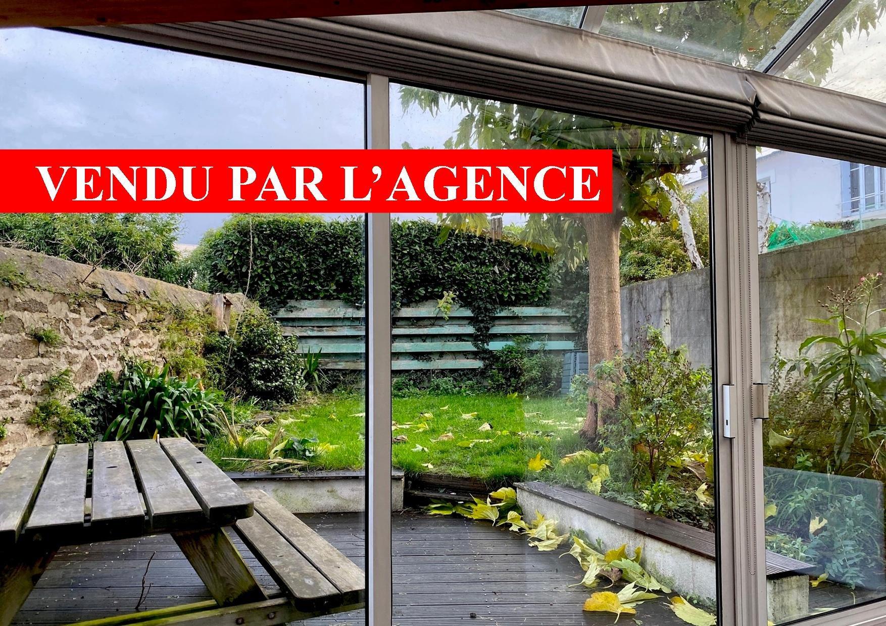 LANREDEC  prox. centre ville volume 130 m2 4 chambres garage
