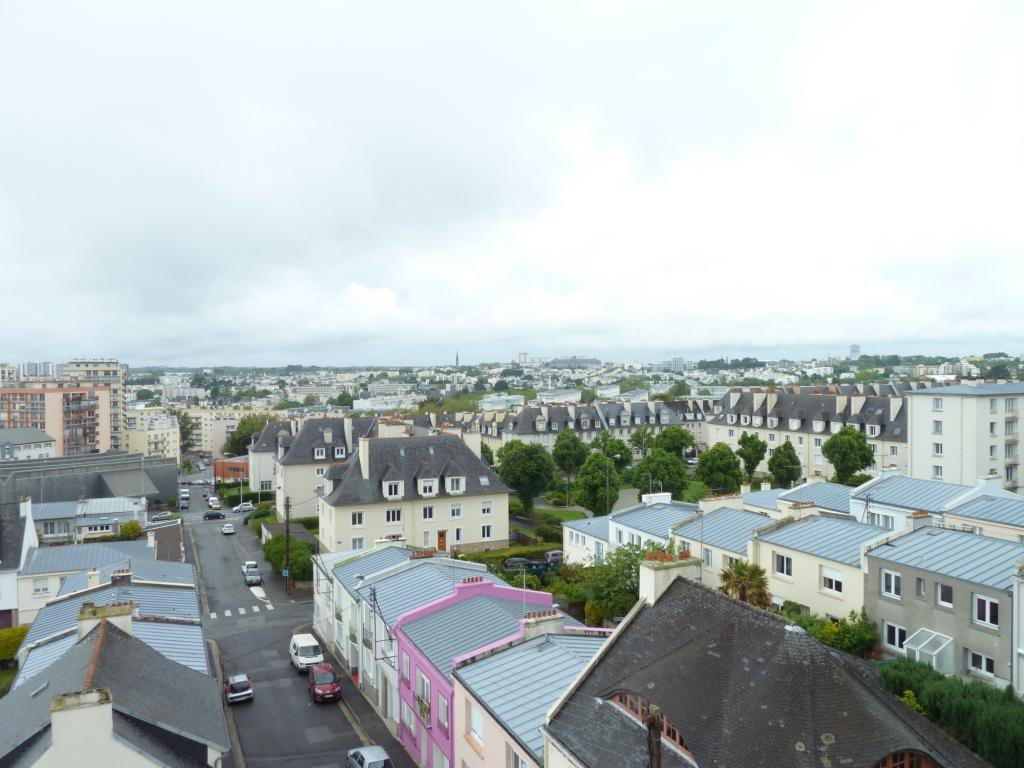 T4 - 73M2 - ASCENSEUR - BALCON - COLOCATION