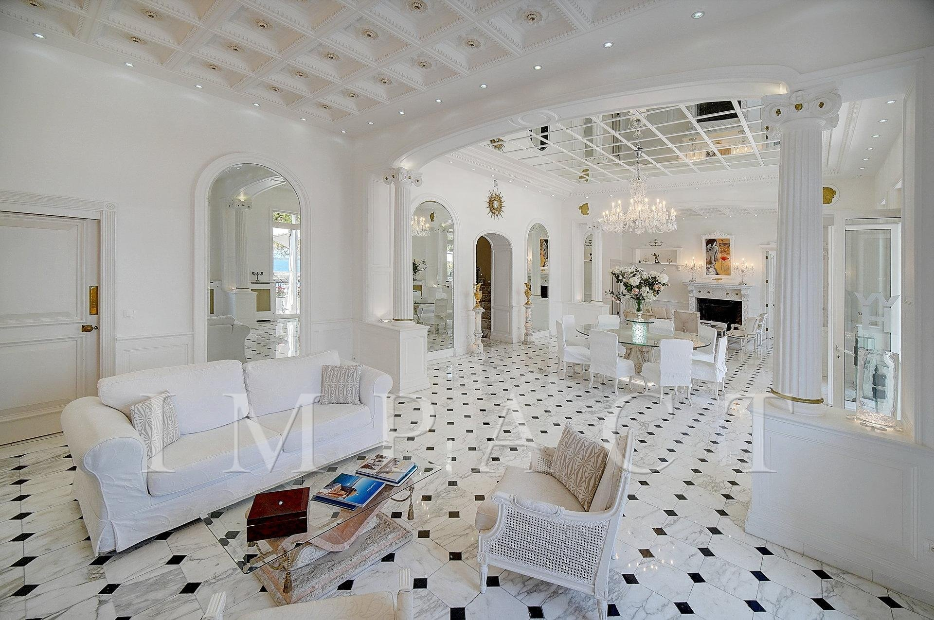 Exclusive villa to rent in Cannes