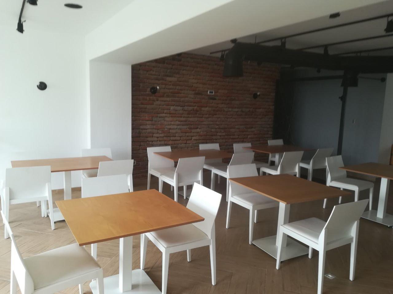 Café Restaurant Lac 2