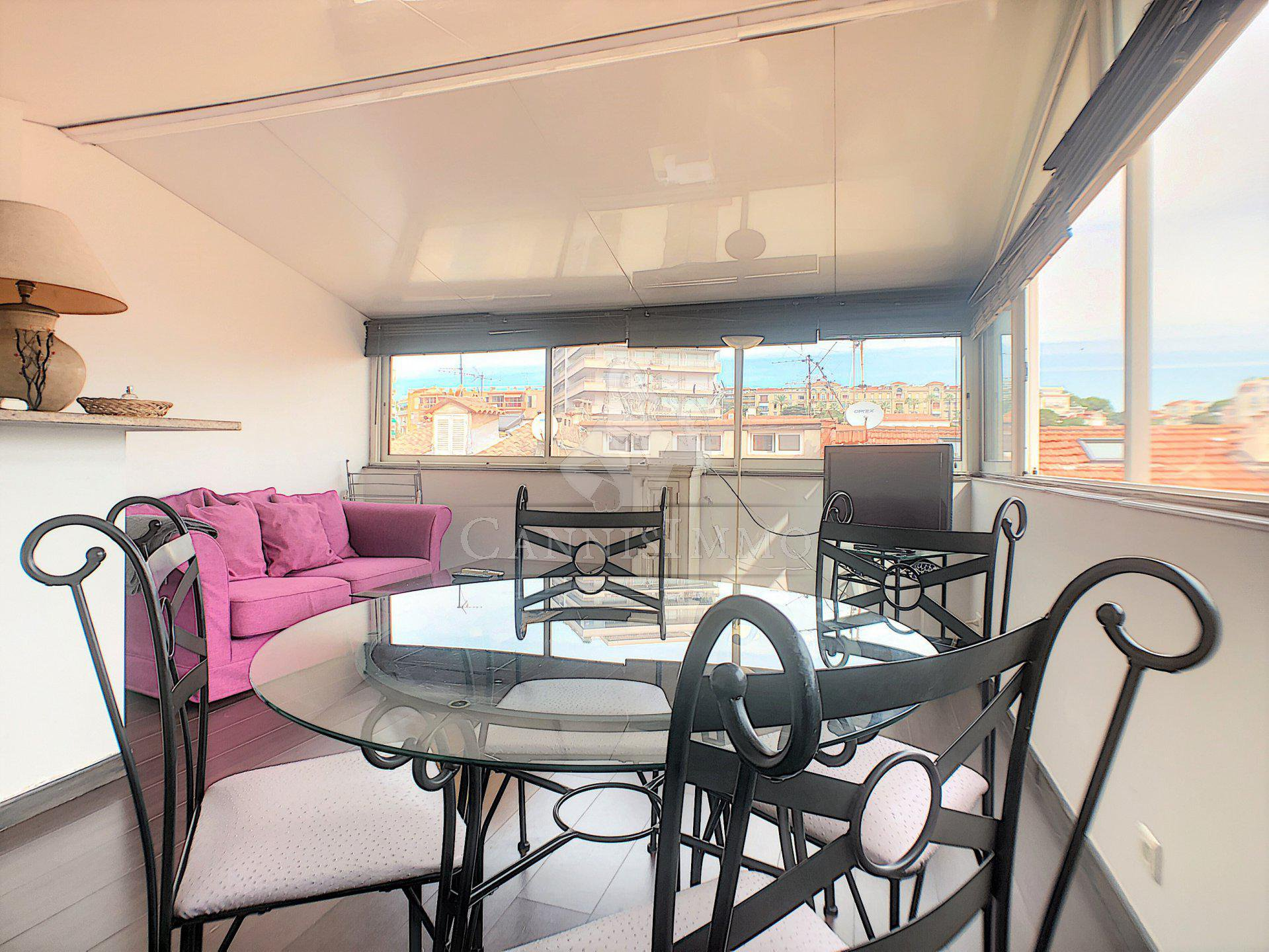 APPARTEMENT SUQUET TERRASSE