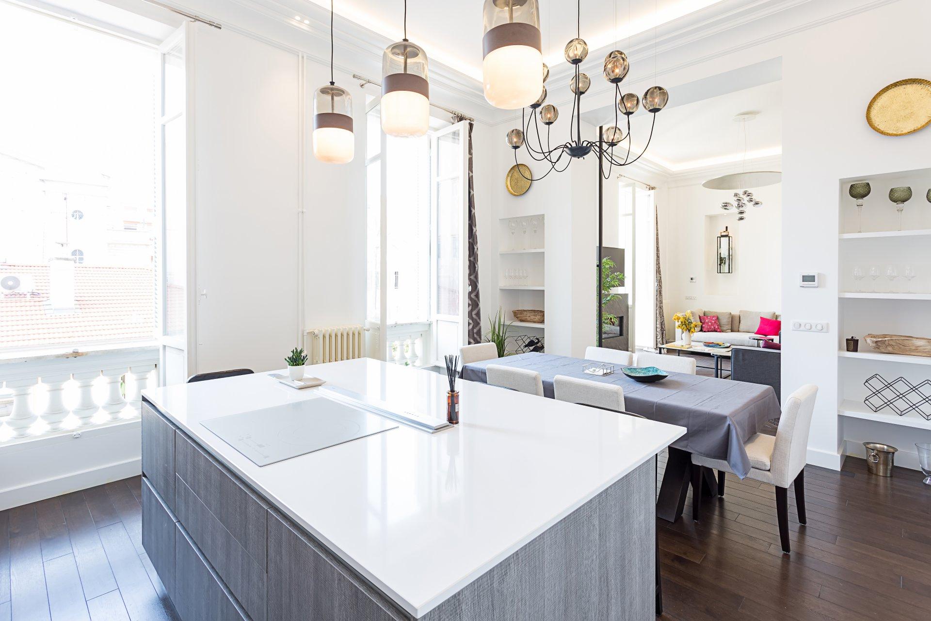 Kitchen island, chandelier, kitchen bar