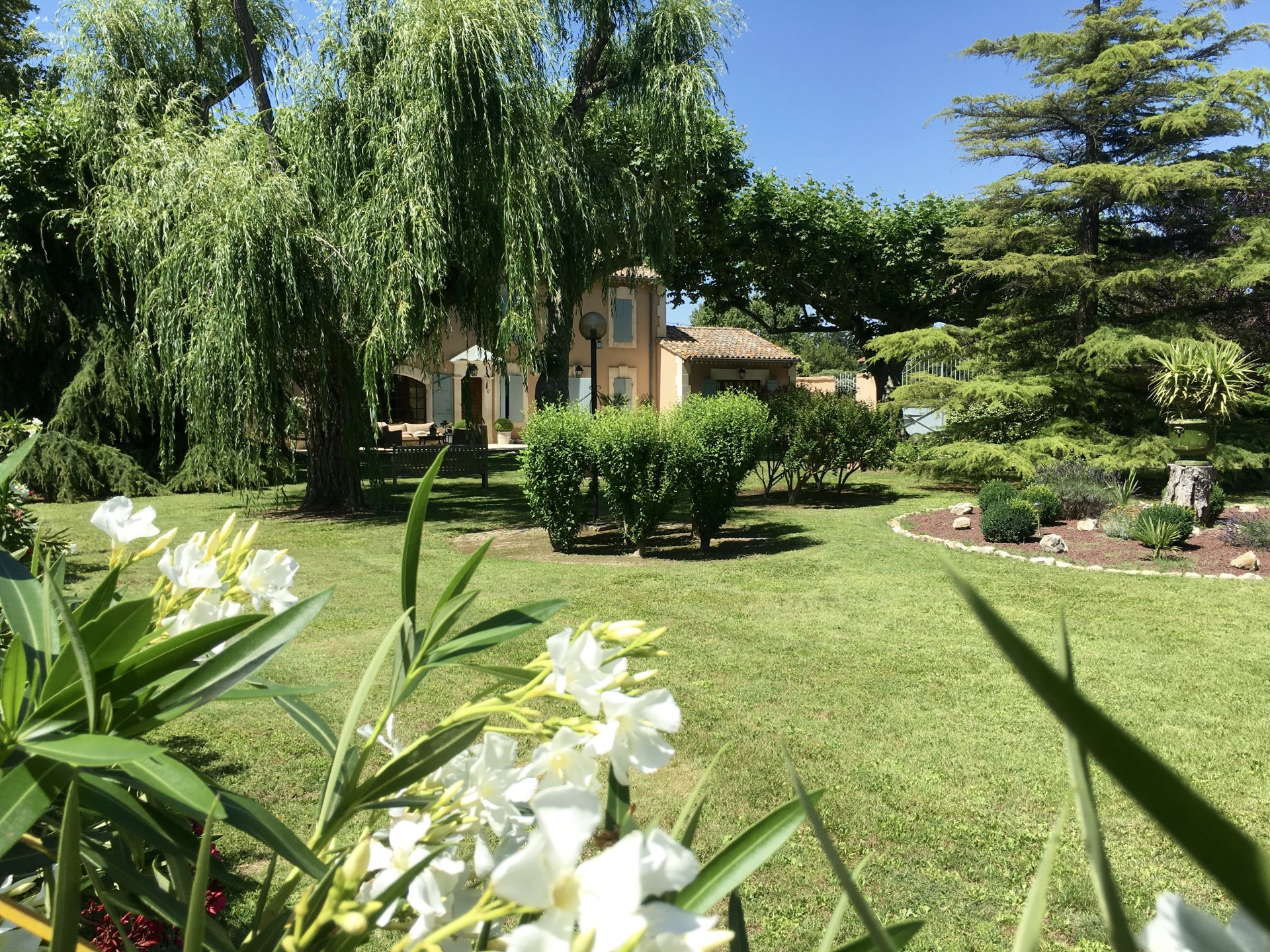 For Sale - NOVES - Property with swimming pool
