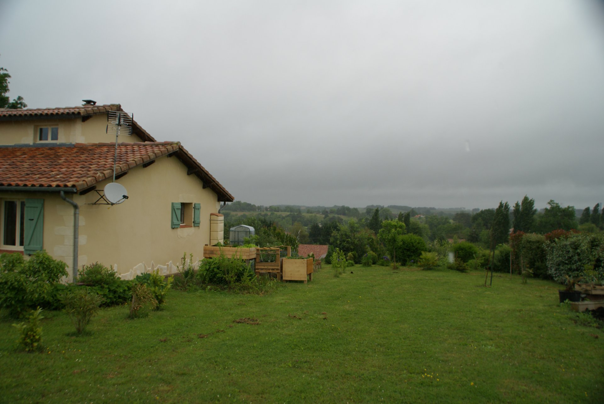 Beautiful Villa on the edge of Manciet in the Gers with panoramic views.