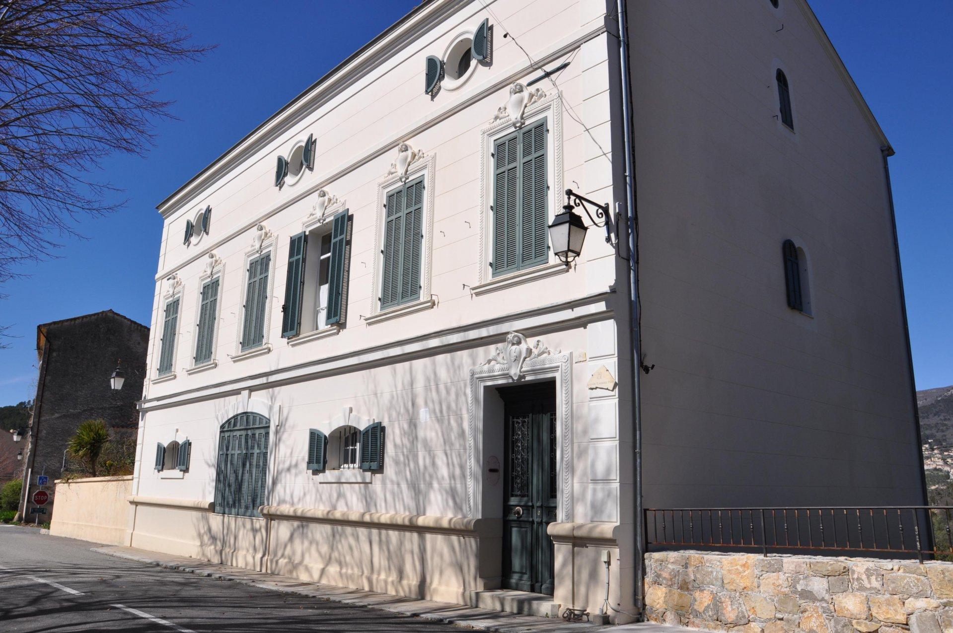 Très belle Maison de Maître avec maison de gardien - Claviers