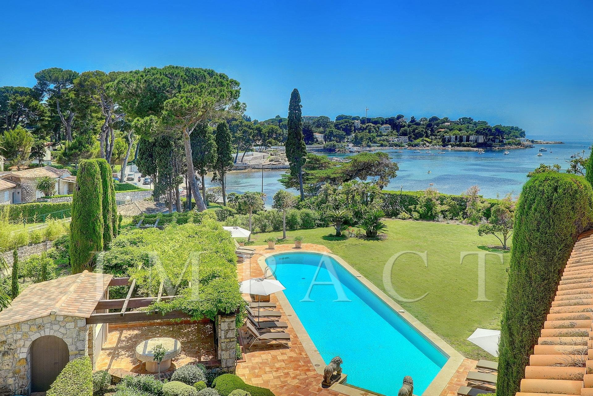 Villa to rent Cap d'Antibes