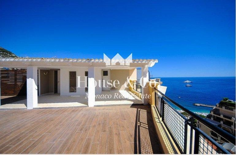 PENTHOUSE RENOVATED FOR SALE IN MONACO