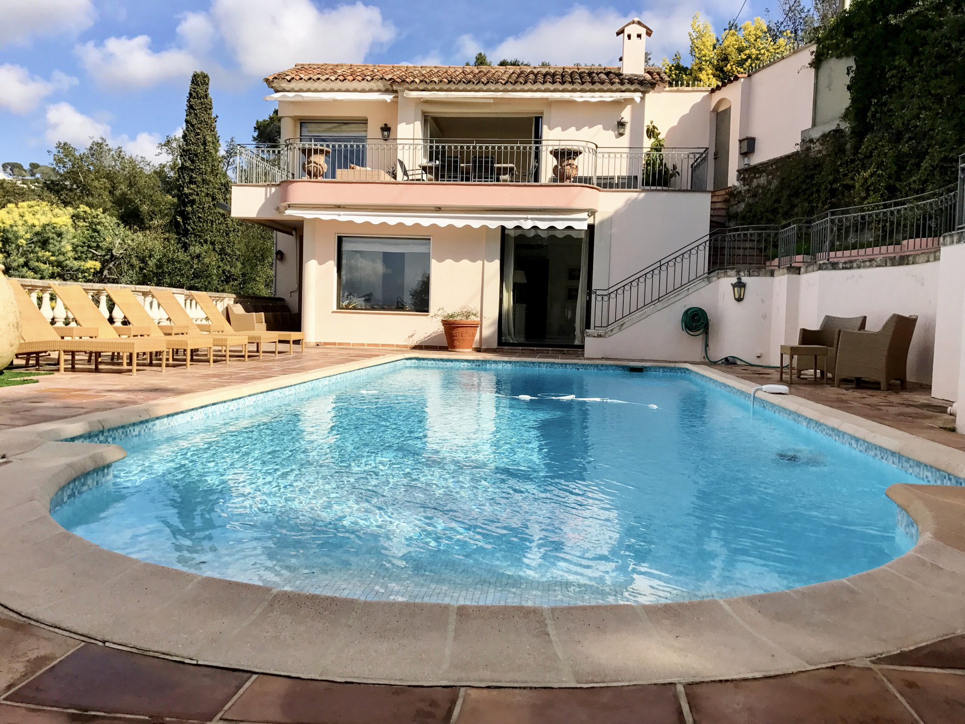 MONTFLEURY: Apartment /villa with fabulous sea view, heated swimming ...