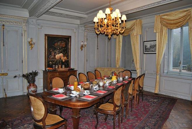 Beaujolais Château XVIII
