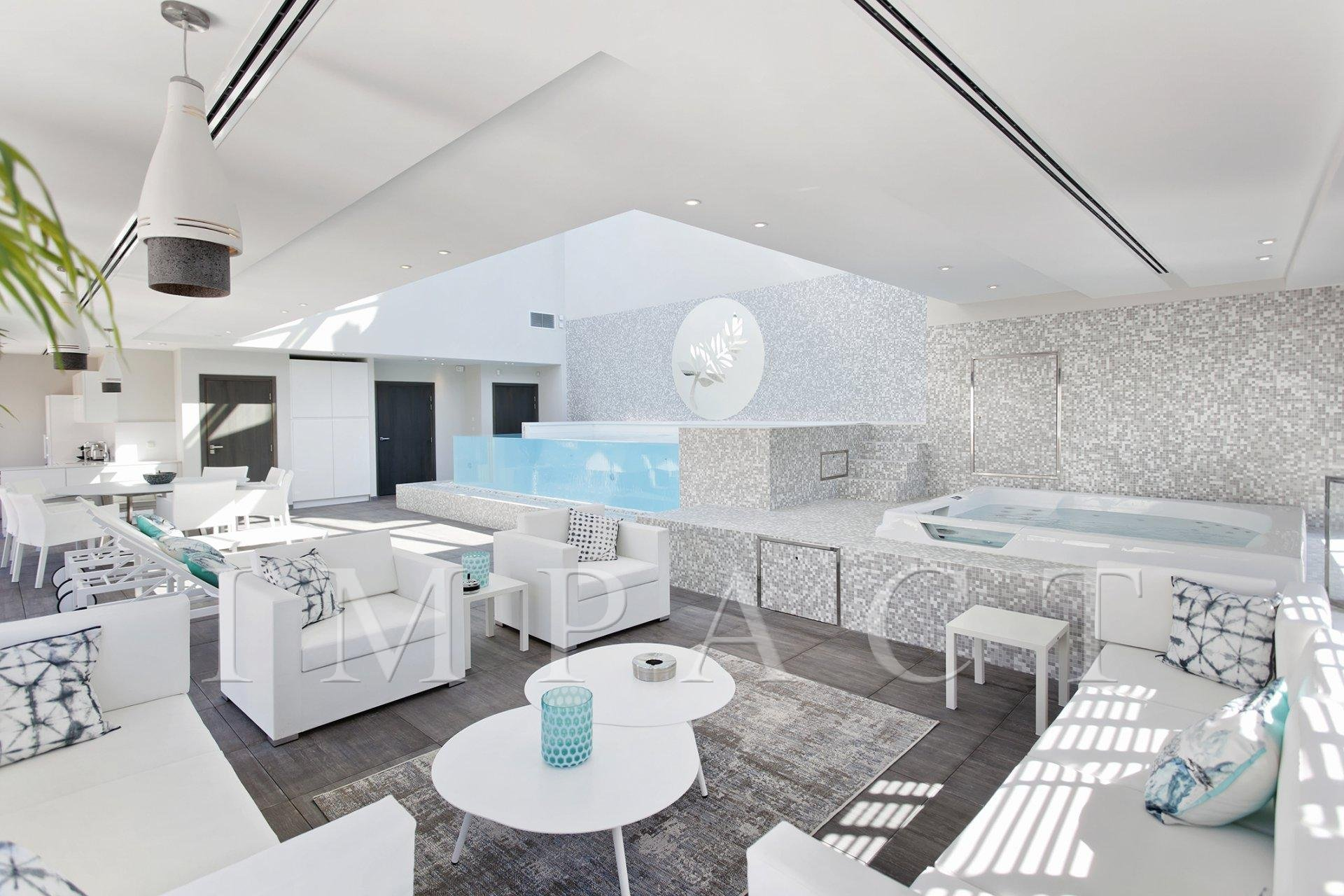 """Hotel Particulier""- Indoof roof top pool - Seasonal rental - Cannes Center"