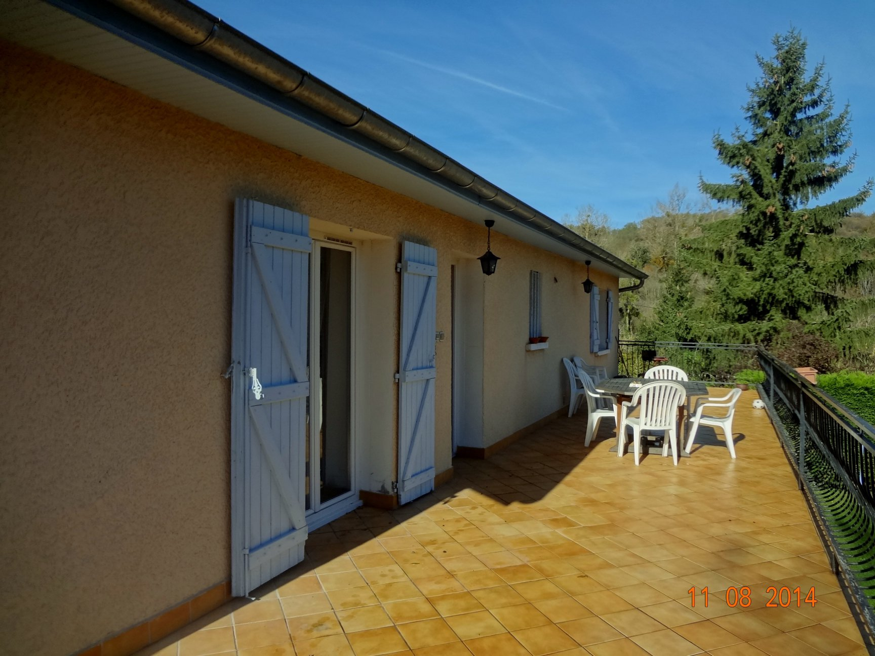 Appartement, garage, piscine, terrasses, jardin