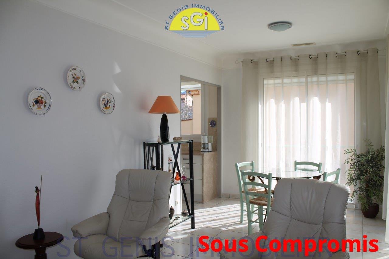 Appartement F4 - avec petite cour