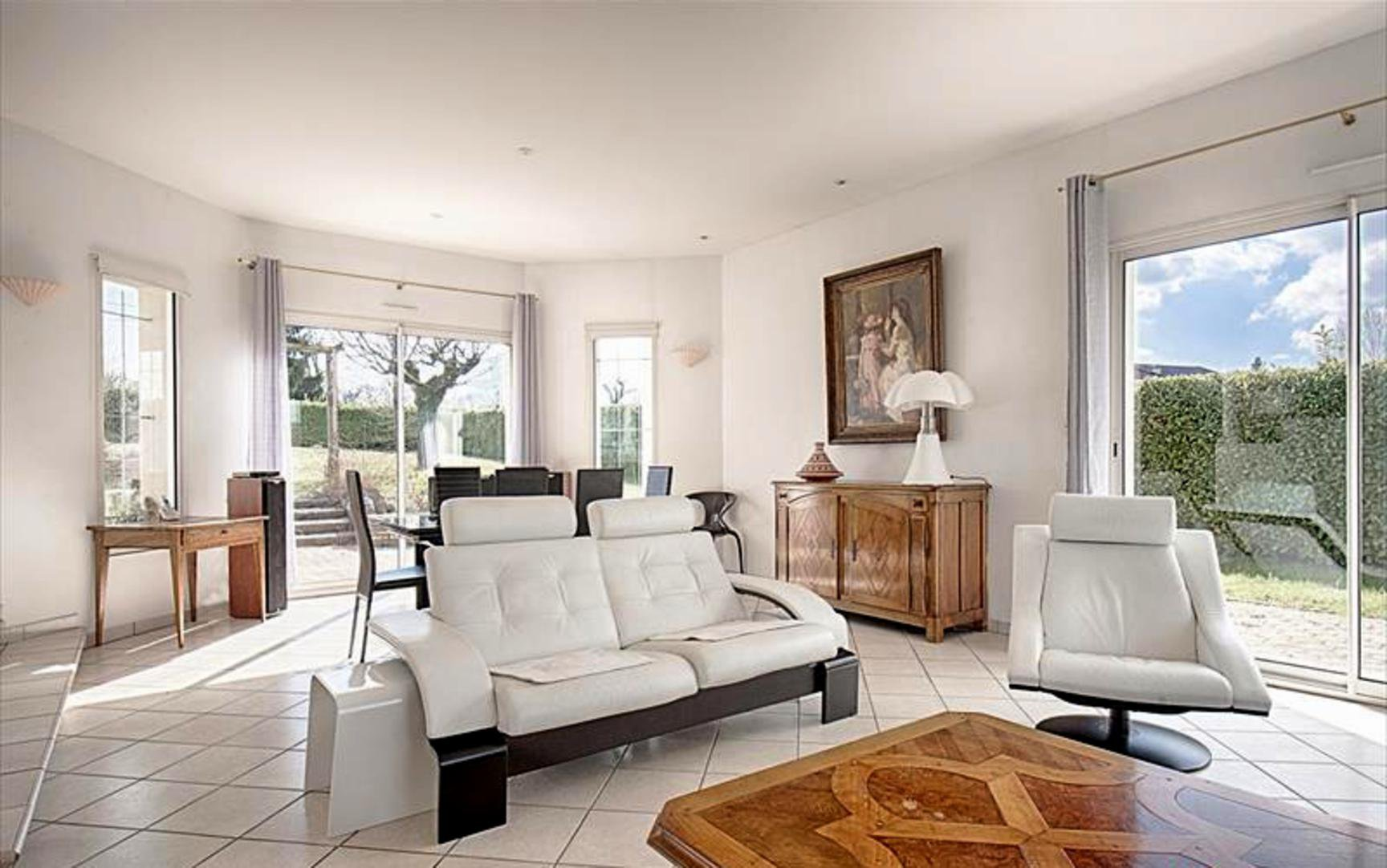 Très belle villa d'architecte de 171m² avec piscin