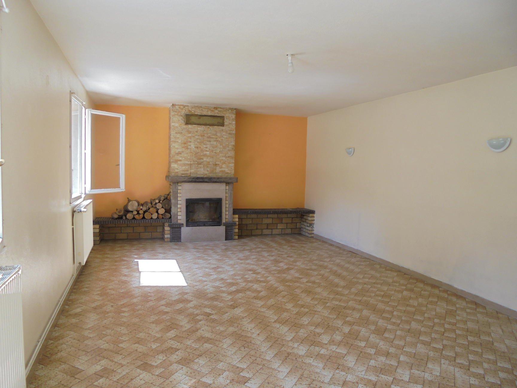 Maison ancienne  7mns Bourgoin et A43
