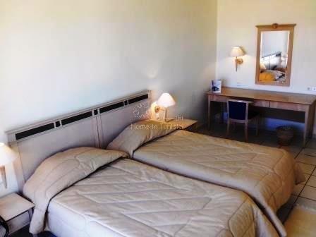 Appartement S+2 meublé équipé situé dans luxueuse résidence en bord de mer