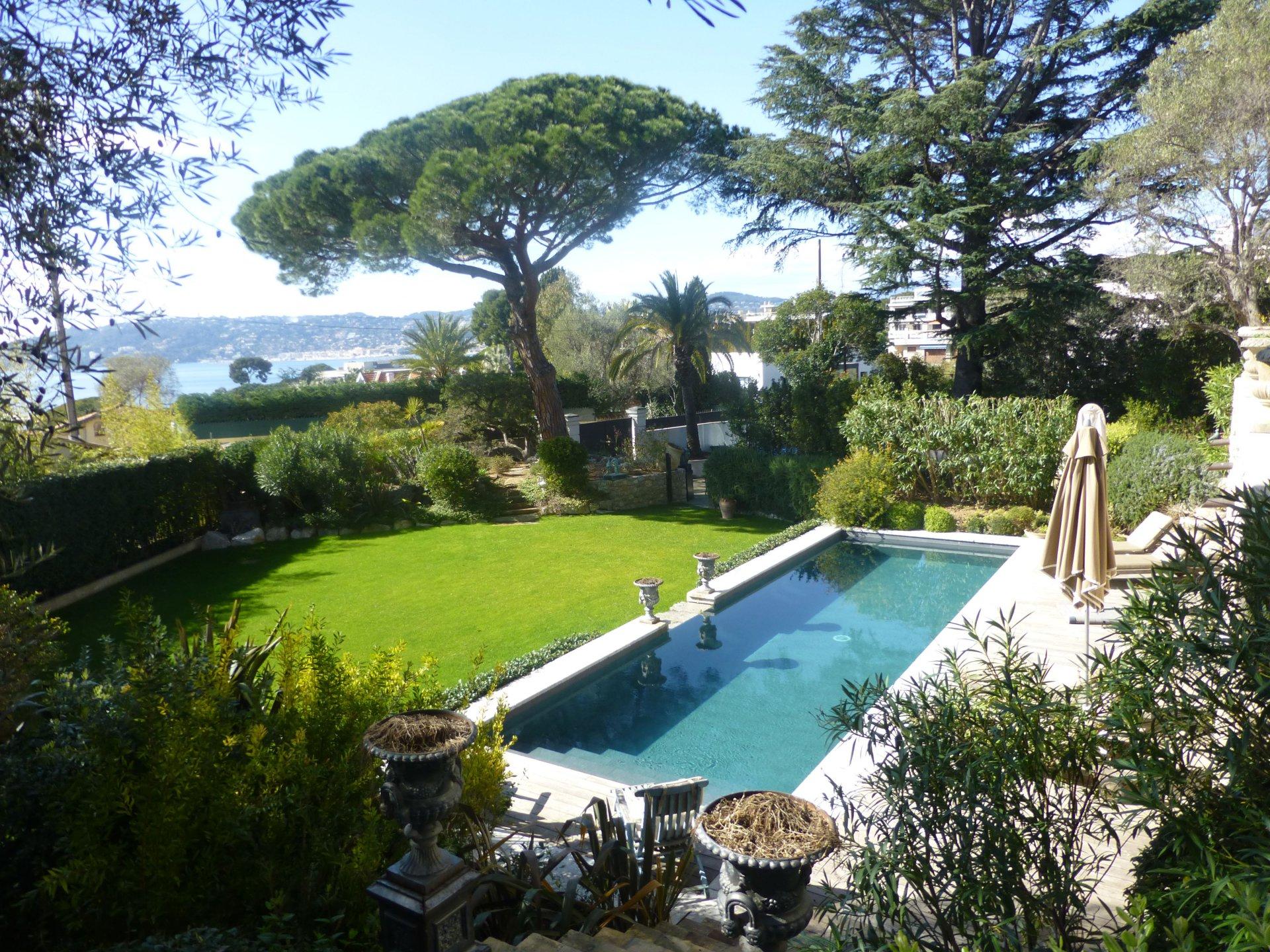 Belle villa avec vue mer - Cap d'Antibes ouest