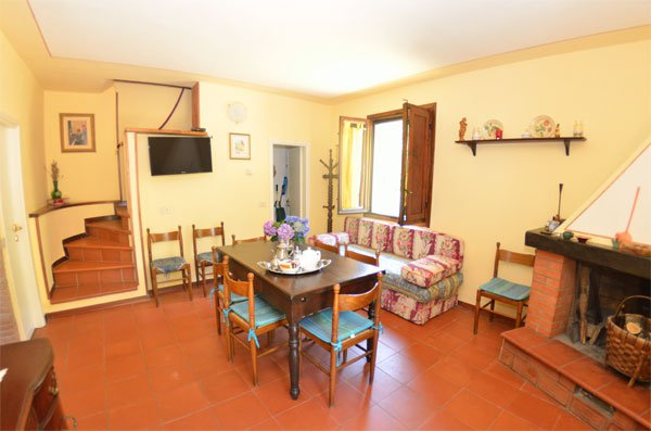 ITALY, TUSCANY, 8 PERSONS, LUCCA
