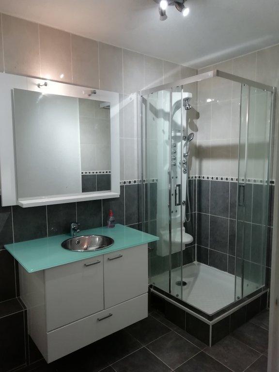 VILLARS - Appartement T3 de 65 m²  avec cuisine équipée et balcon