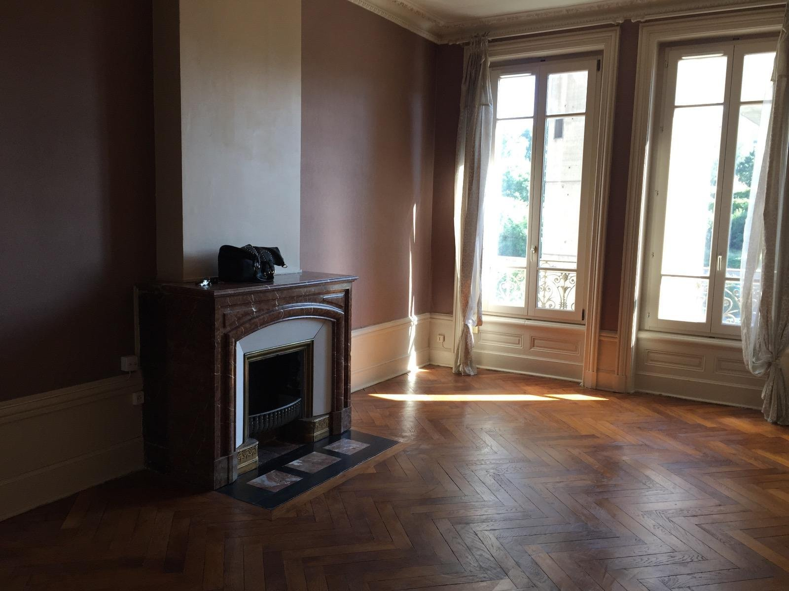 SAINT-ETIENNE- Appartement T2 68 m²