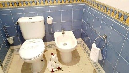 Renovated studio furnished apartment located in luxurious residence in edge of sea