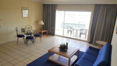 Appartement S+3 au 1er étage d'une luxueuse résidence en bordure de mer