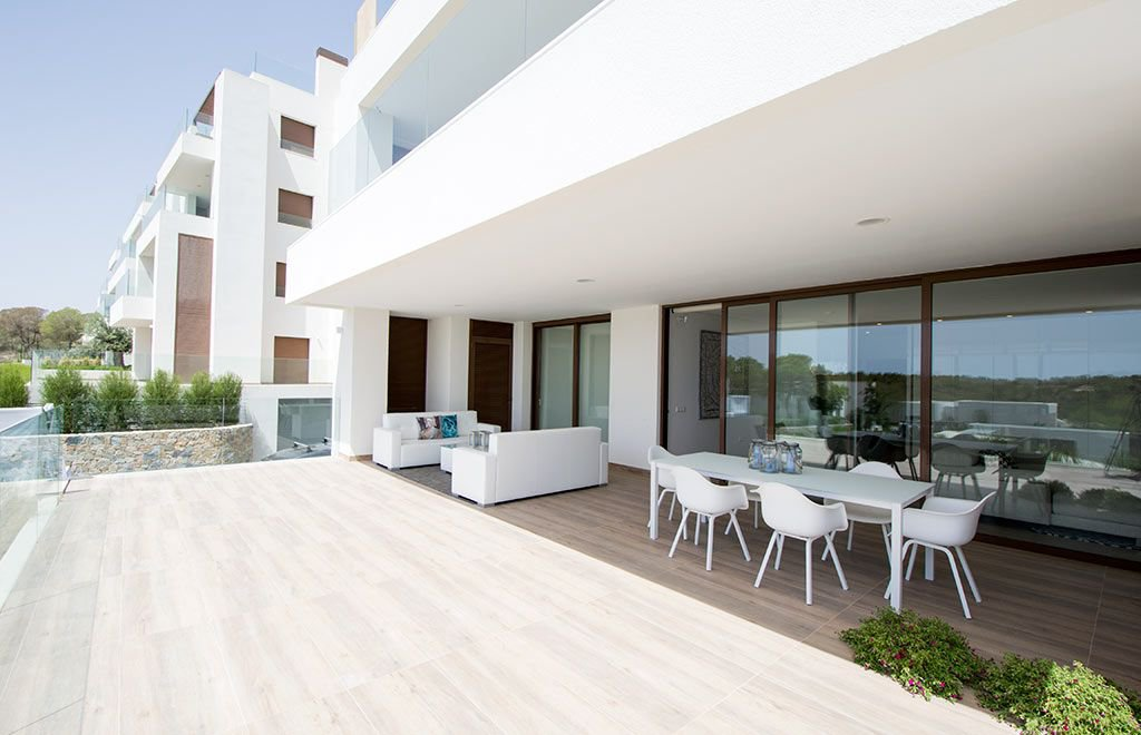 New Luxury Apartment in Golf New · Las Colinas Golf