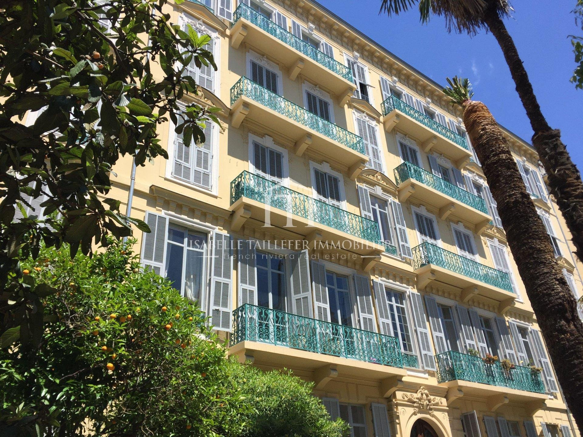 French Riviera NICE - Near Promenade des Anglais