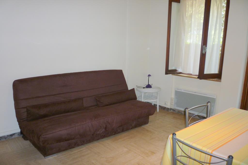 location Nice Studio meublé de 22.31m² situé quartier des Baumetes